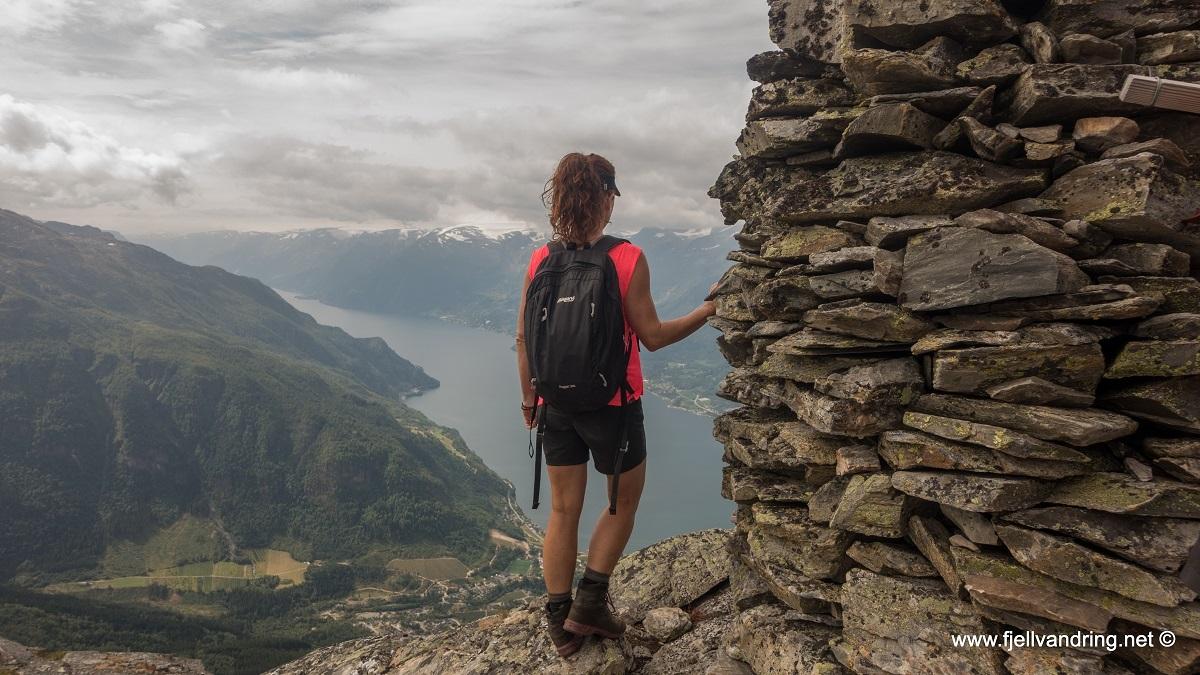 galleri-dronningstien_fottur_fjell-vandringas1