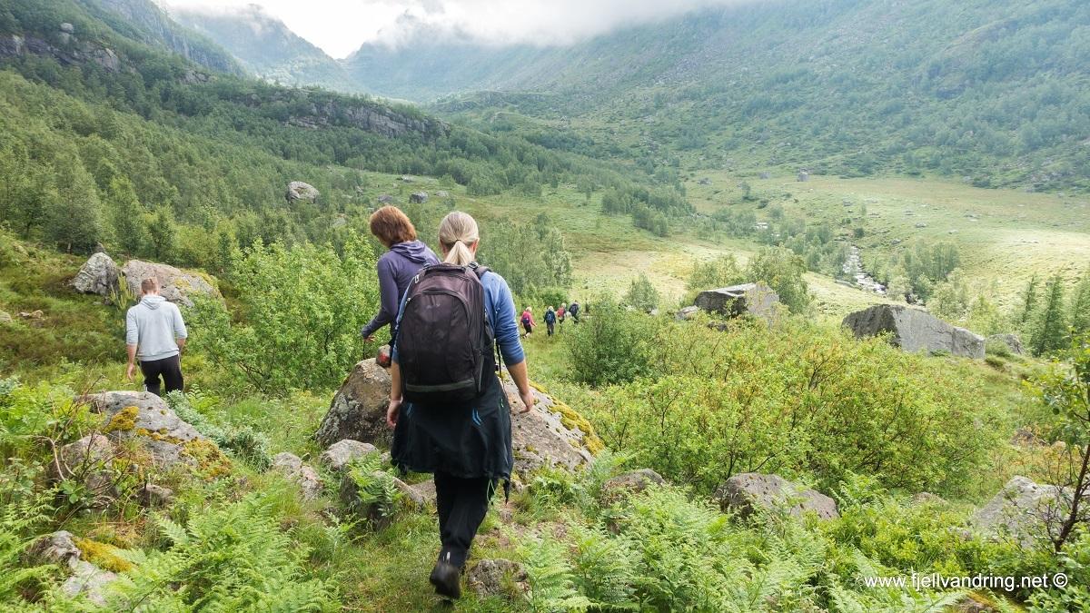 galleri-eikeknuten_fottur_fjell-vandringas2