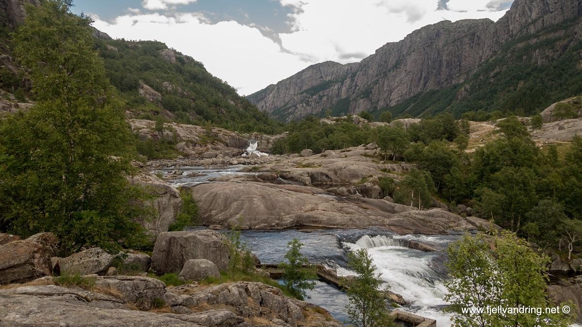 galleri-fossbrekka-lanes_telttur_fjell-vandringas2