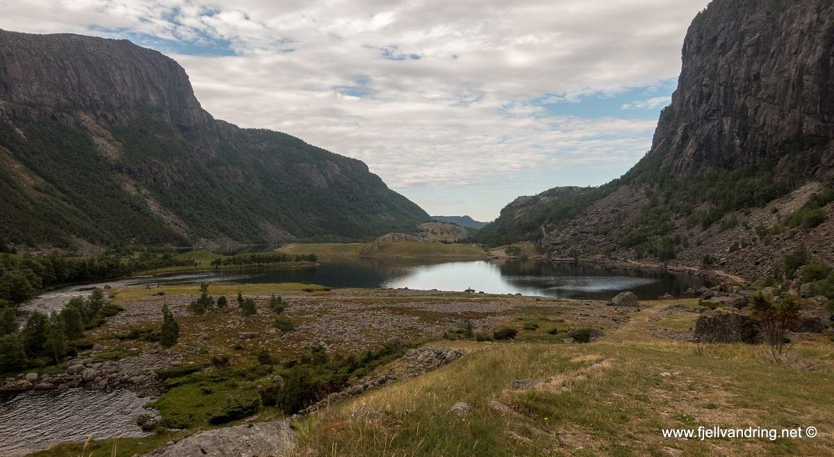 galleri-fossbrekka-lanes_telttur_fjell-vandringas6