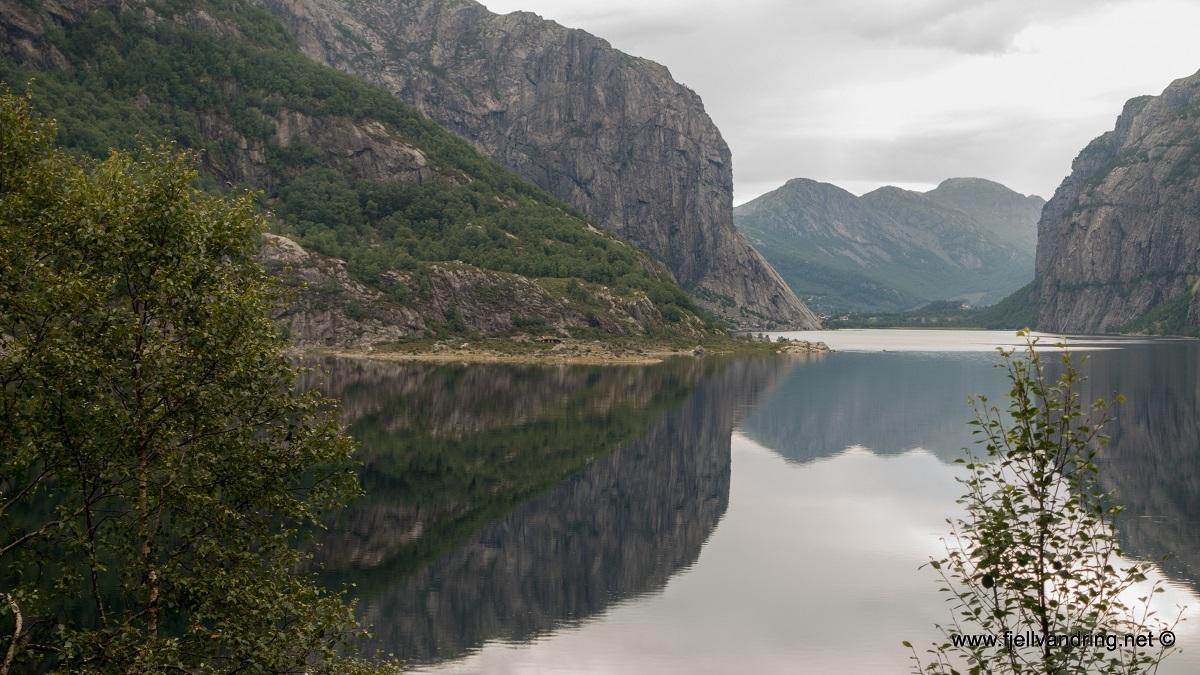 galleri-fossbrekka-lanes_telttur_fjell-vandringas7