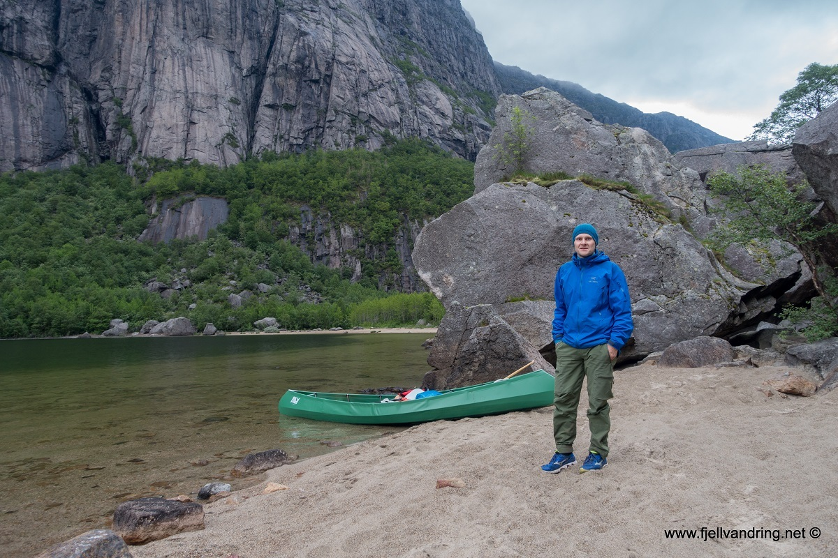 galleri_gloppedalsura_padletur_fjell-vandringas2