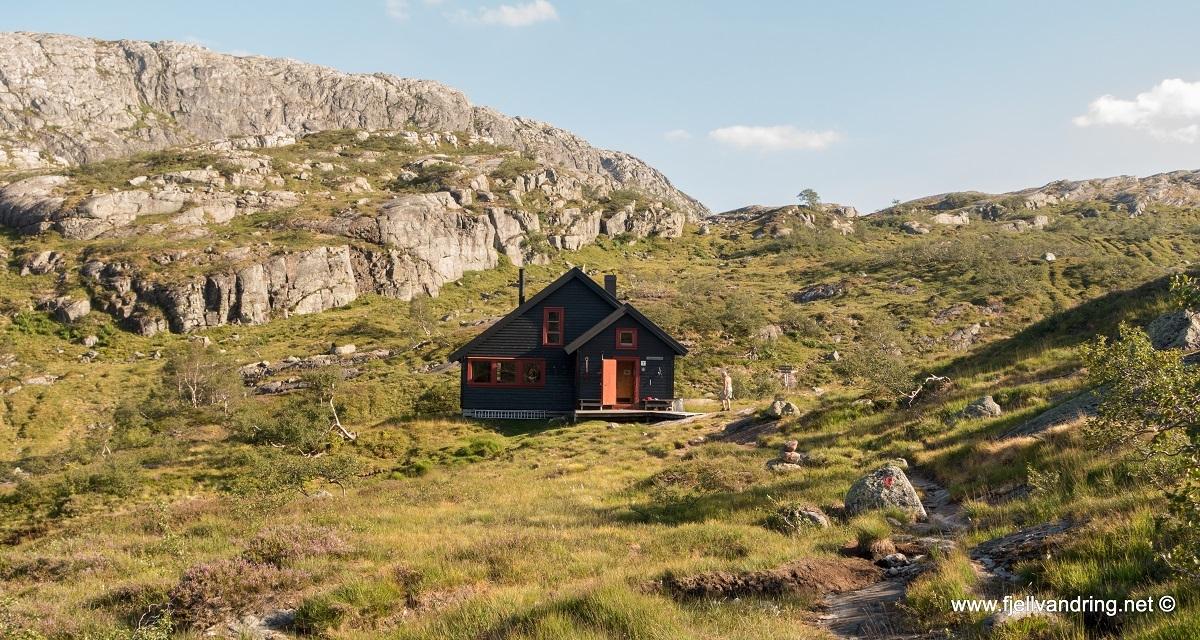 galleri-grautheller-fottur_turisthyttetur_fjell-vandringas1