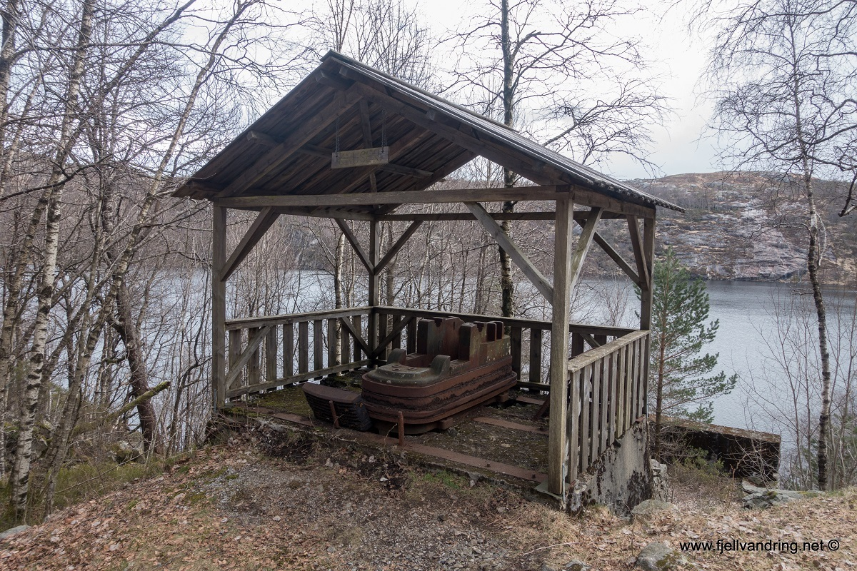 galleri-jegningsknuten_fottur_fjell-vandringas7