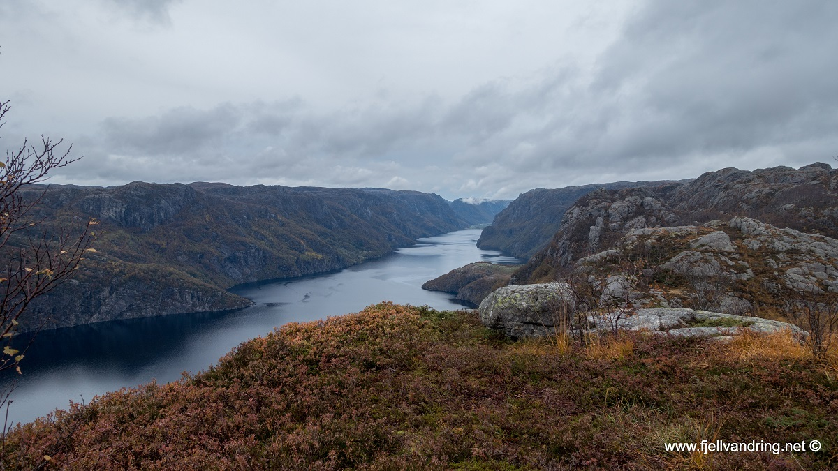 galleri-orsdalsvatnet_telttur_fjell-vandringas2