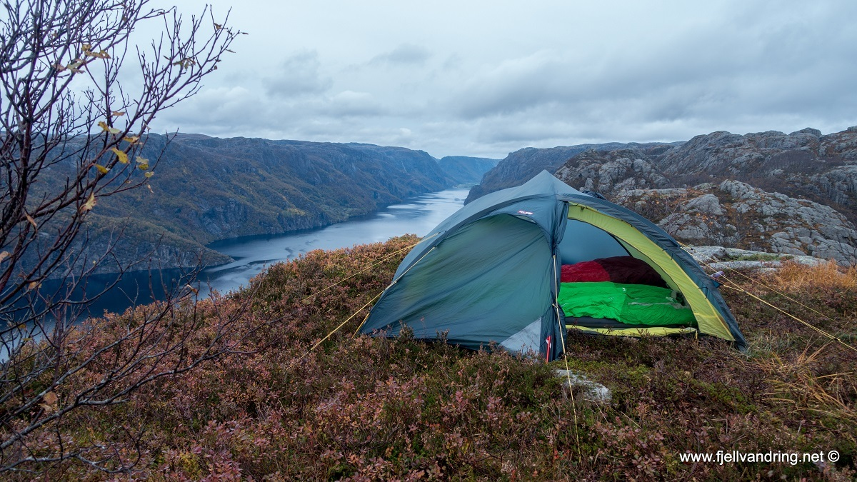 galleri-orsdalsvatnet_telttur_fjell-vandringas3