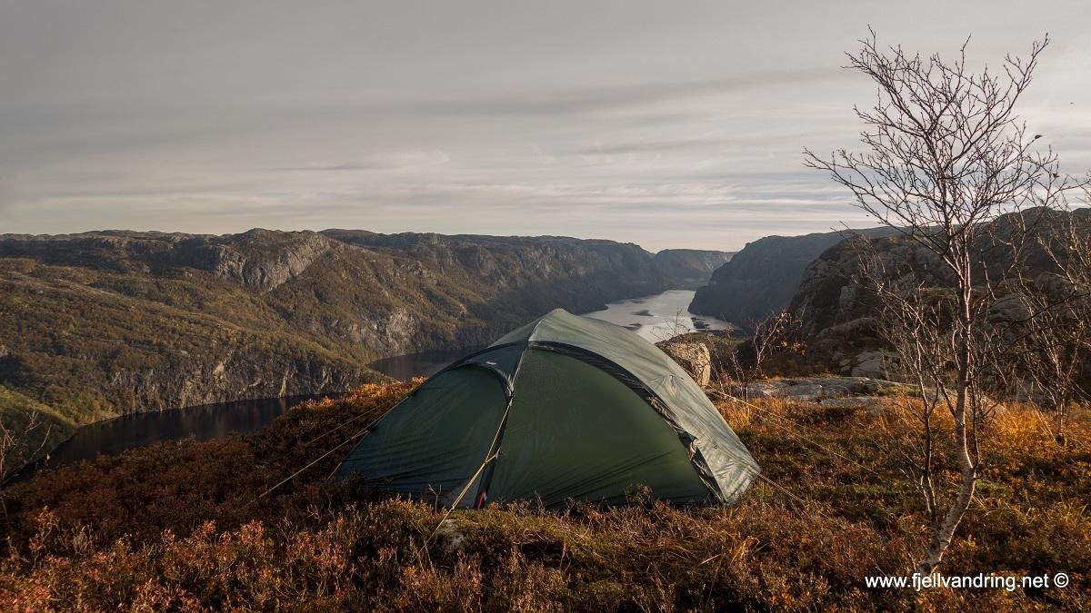 galleri-orsdalsvatnet_telttur_fjell-vandringas6