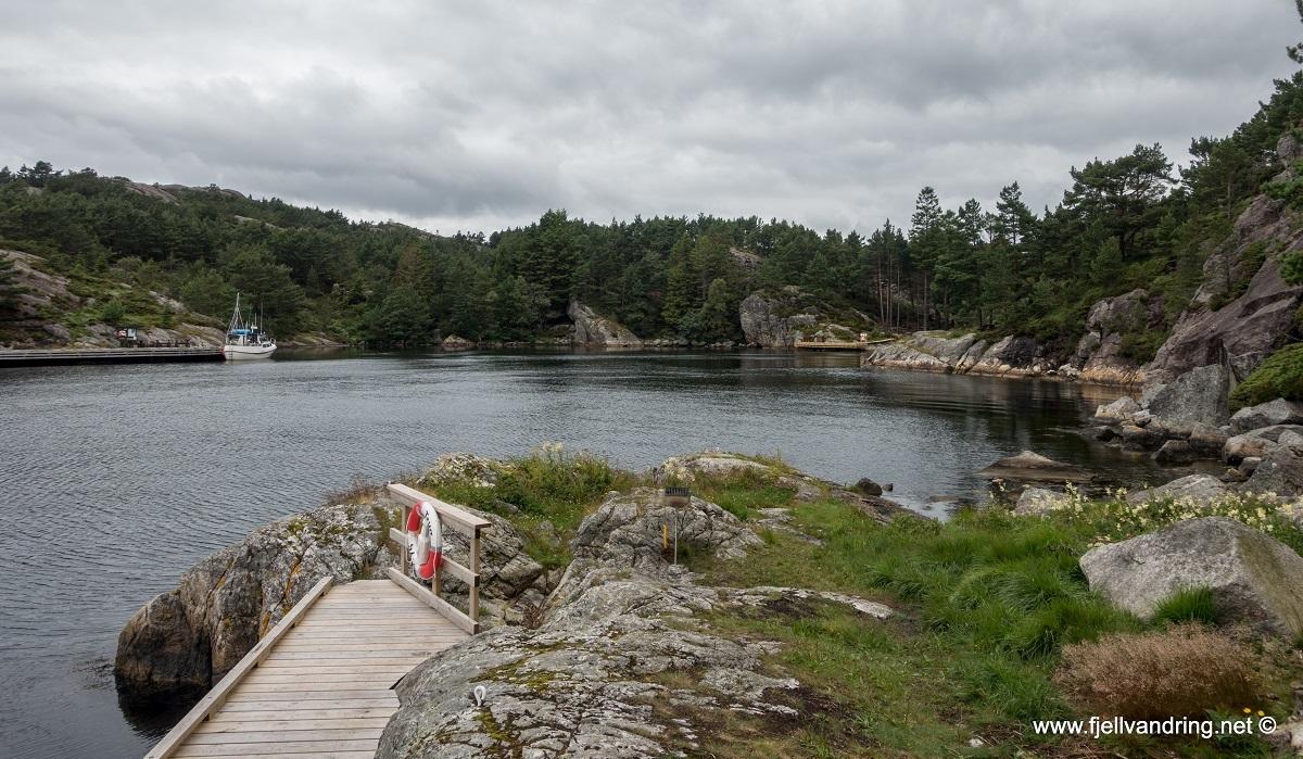 galleri-skadbergvaagen-ost_fottur_fjell-vandringas1