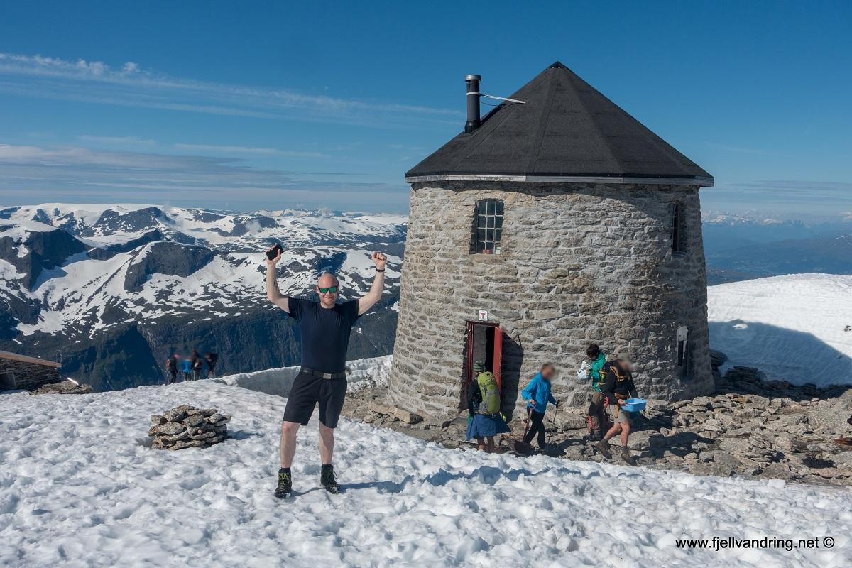 galleri_skaalataarnet_turisthyttetur_fjell-vandringas1