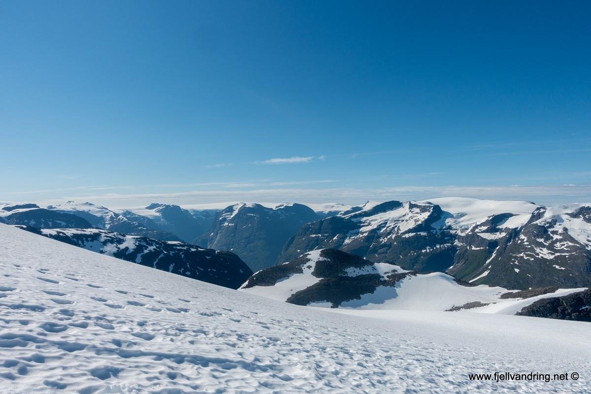 galleri_skaalataarnet_turisthyttetur_fjell-vandringas3