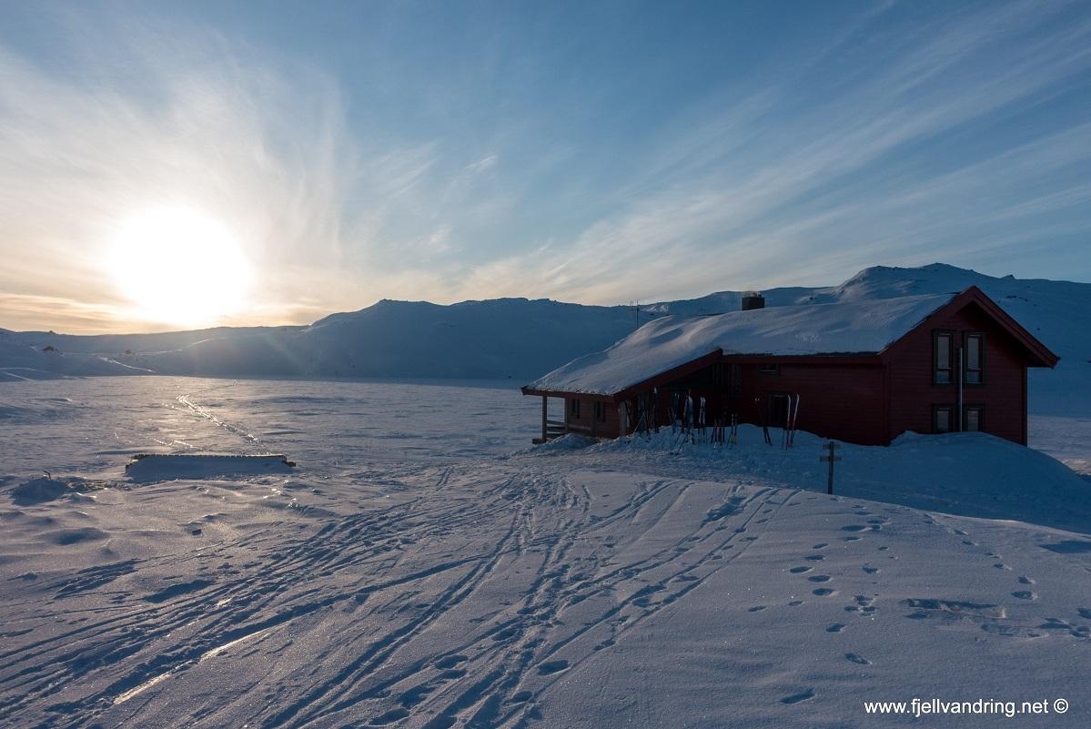 galleri-tomannsbu-vinter_turisthyttetur_fjell-vandringas6