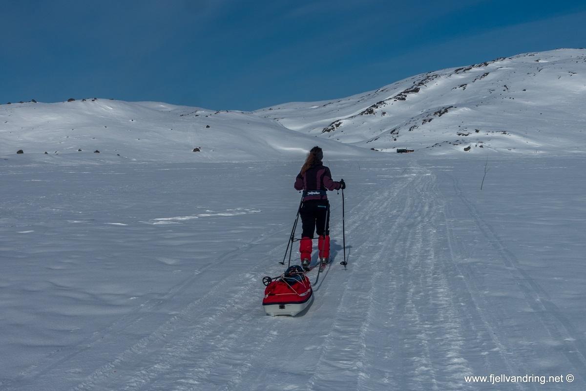 galleri-tomannsbu-vinter_turisthyttetur_fjell-vandringas7