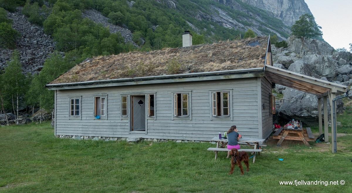 galleri-trodla-tysdal_padletur_fjell-vandringas8
