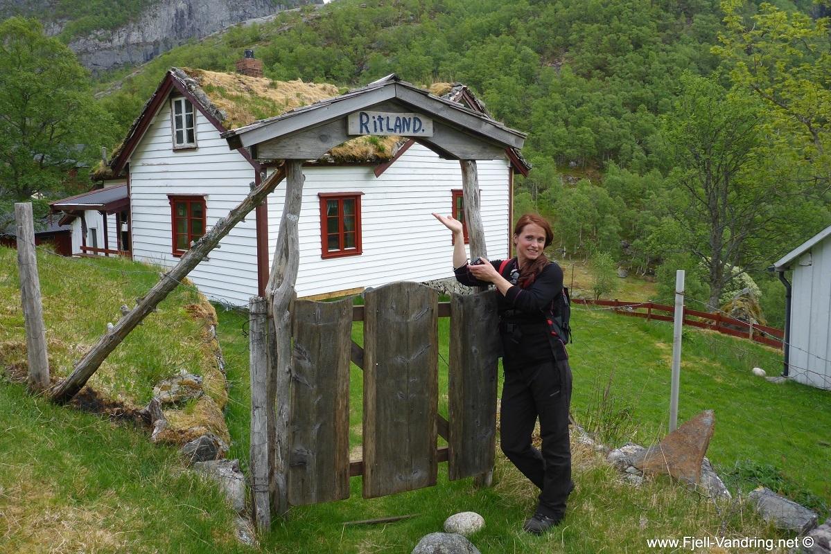 trodla-tysdal_turisthyttetur_fjell-vandringas10