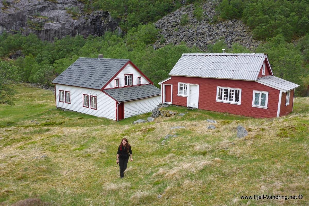 trodla-tysdal_turisthyttetur_fjell-vandringas4
