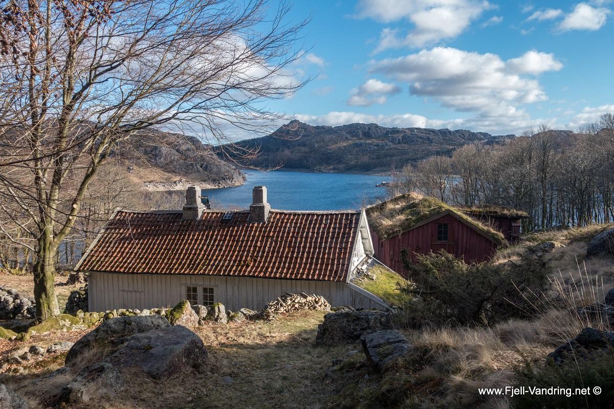 Homsevatnet - Til fjellgården Homse fra Matningsdal