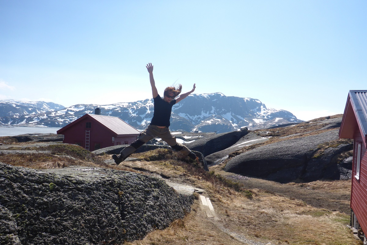 Løkjelsvatnhytta – Turistforeningshytte i Etnefjellene