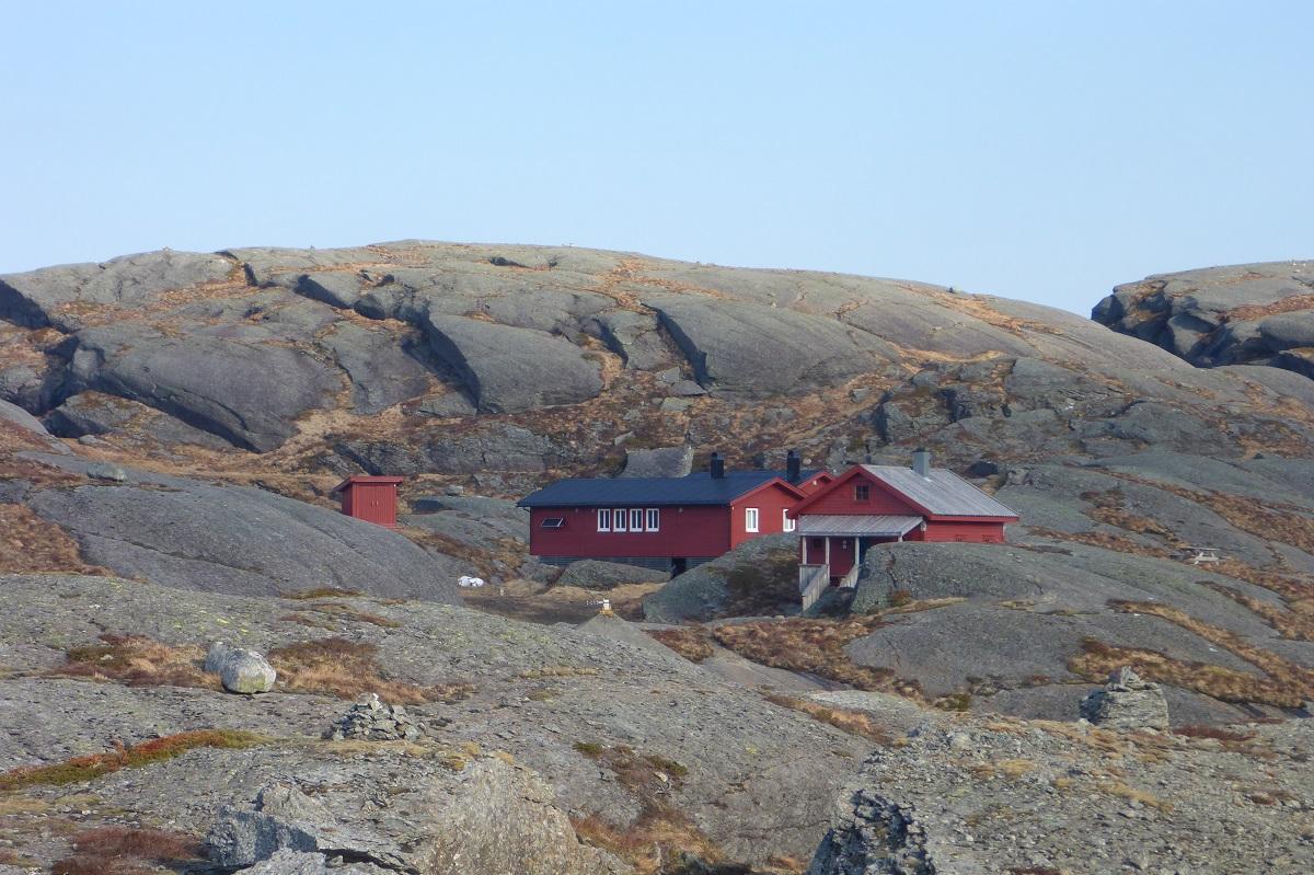 Løkjelsvatnhytta - Flotte hytter som holder høy standard