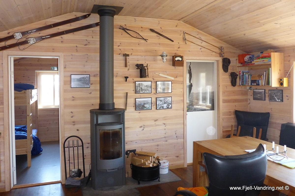 Løkjelsvatnhytta - Høy standard og flott hytte