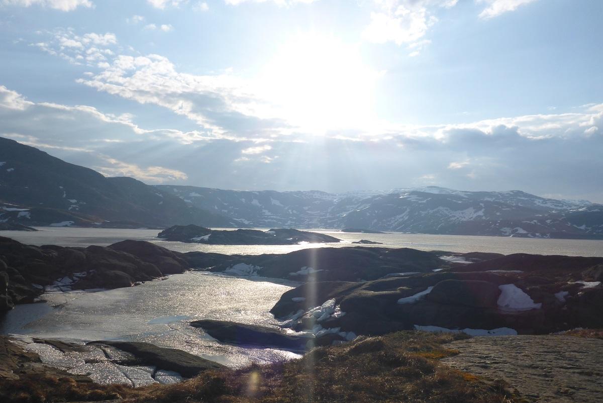 Løkjelsvatnhytta - Nydelig søndags morgning