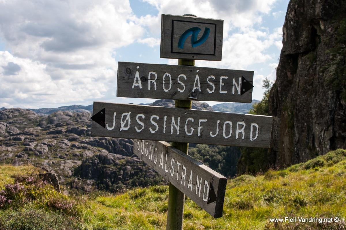 Årosåsen - Rødmerket og skiltet topptur
