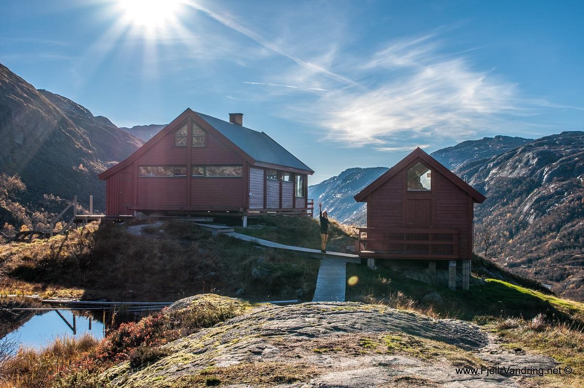 Blåfjellenden Turisthytte - Til Mån og fjelltoppen Blåfjellenden