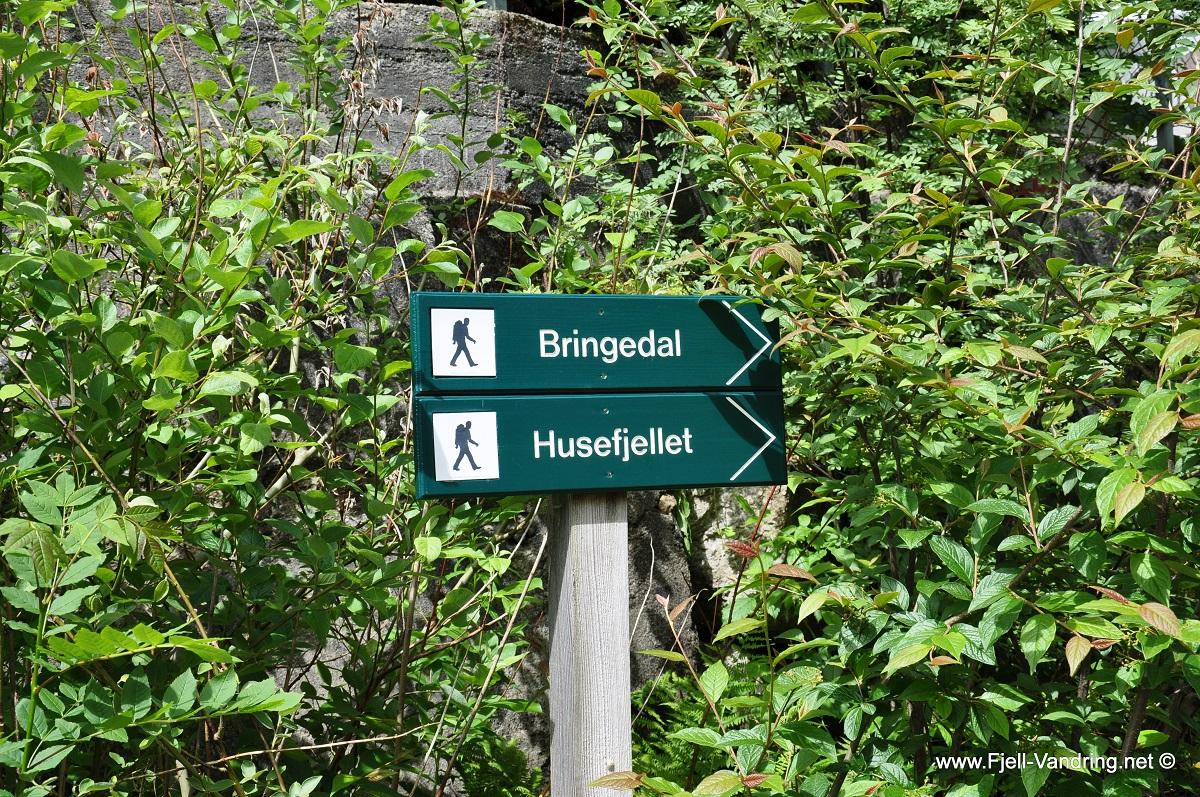 Bringedal - Skiltet ved turstart