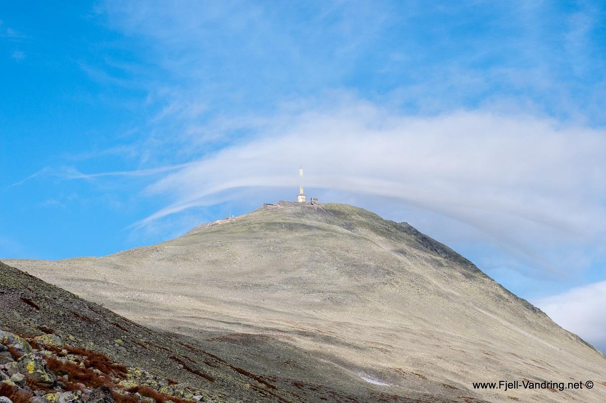 Gaustatoppen - Utsikt fra stien mot toppen
