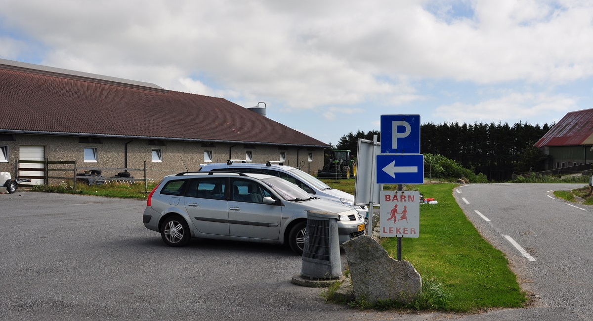 Jærkysten - Parkering ved Varhaug Gamle Kirkegård