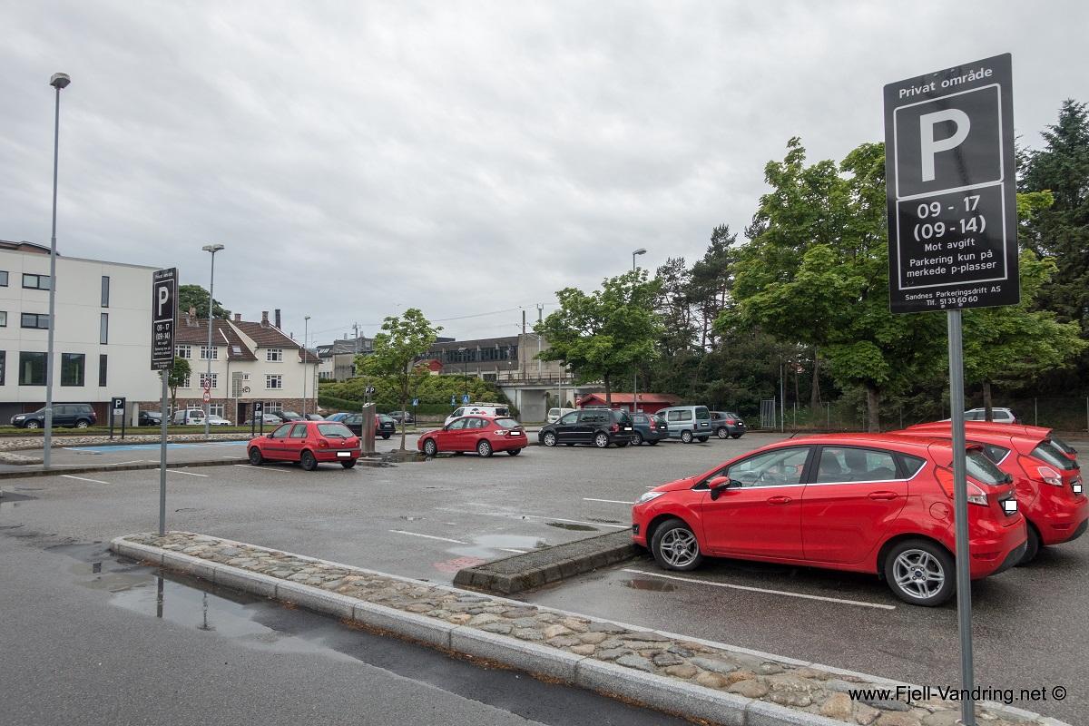 Midgarsormen - Parkering i Bryne
