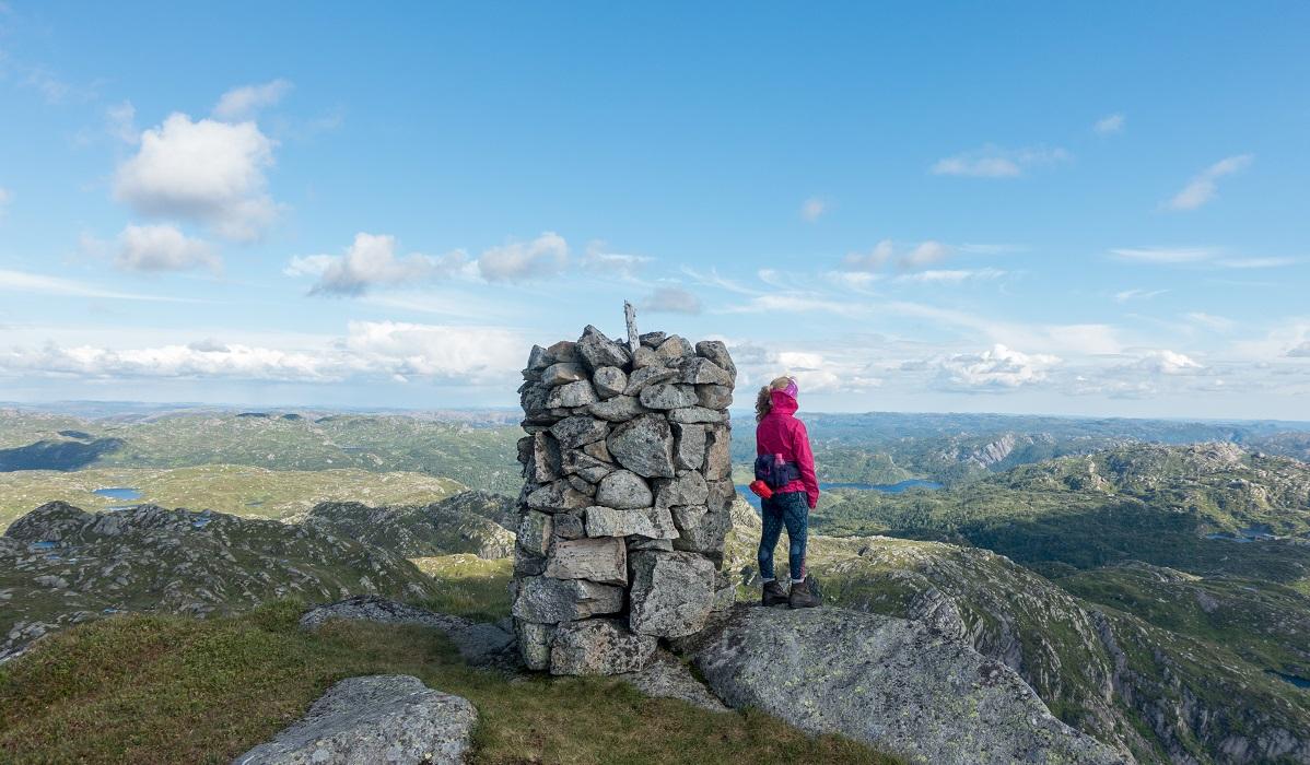 Mjåvassknuten - Utsiktsrik topp og rundtur fra Ørsdalen