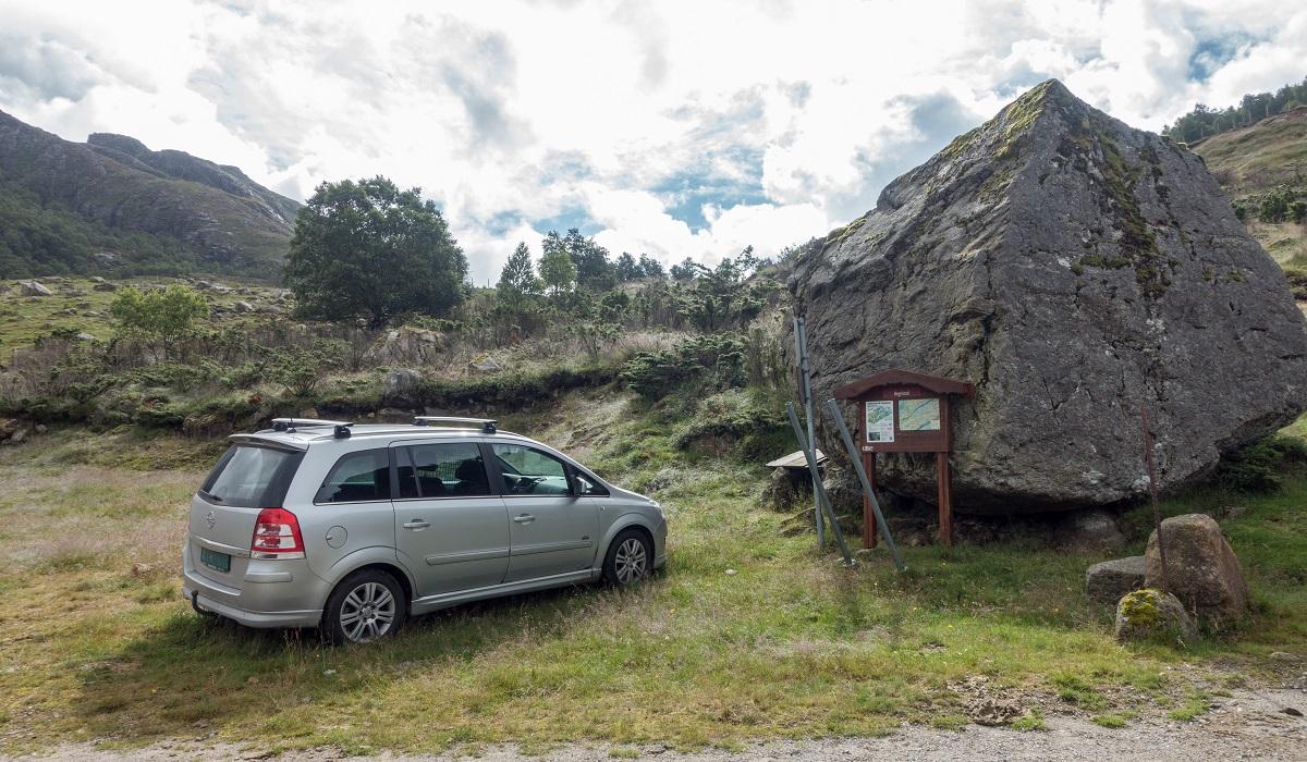 Rambjørheia - Parkering på Hegelstad