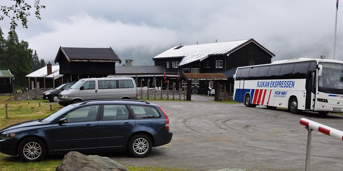 Vemork - Parkering ved Rjukan Fjellstue