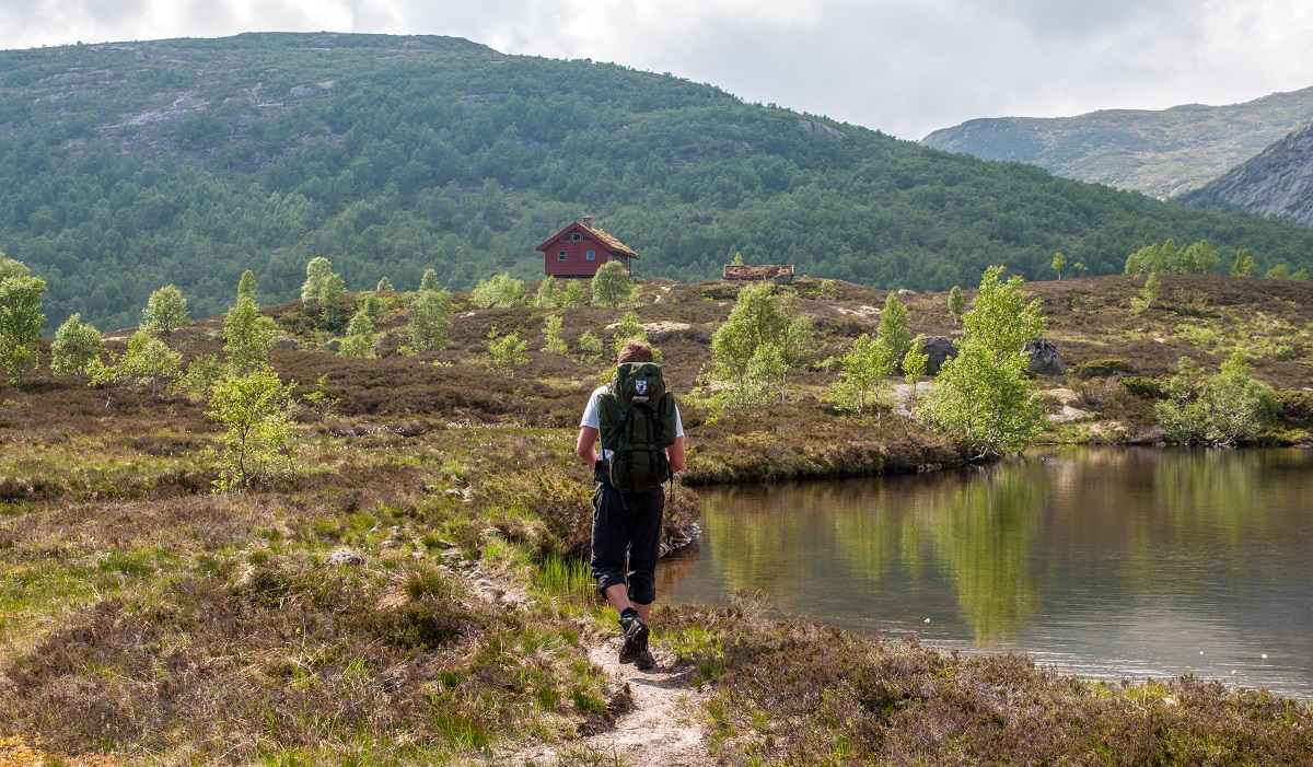Støle Turisthytte - Idyllisk fottur fra Skredå