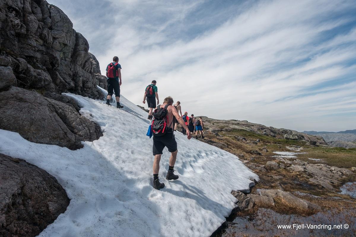 Vinjakula - Snø selv i juli.