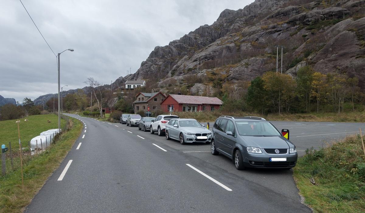Brufjellhålene - Parkering ved Roligheta/Østebø