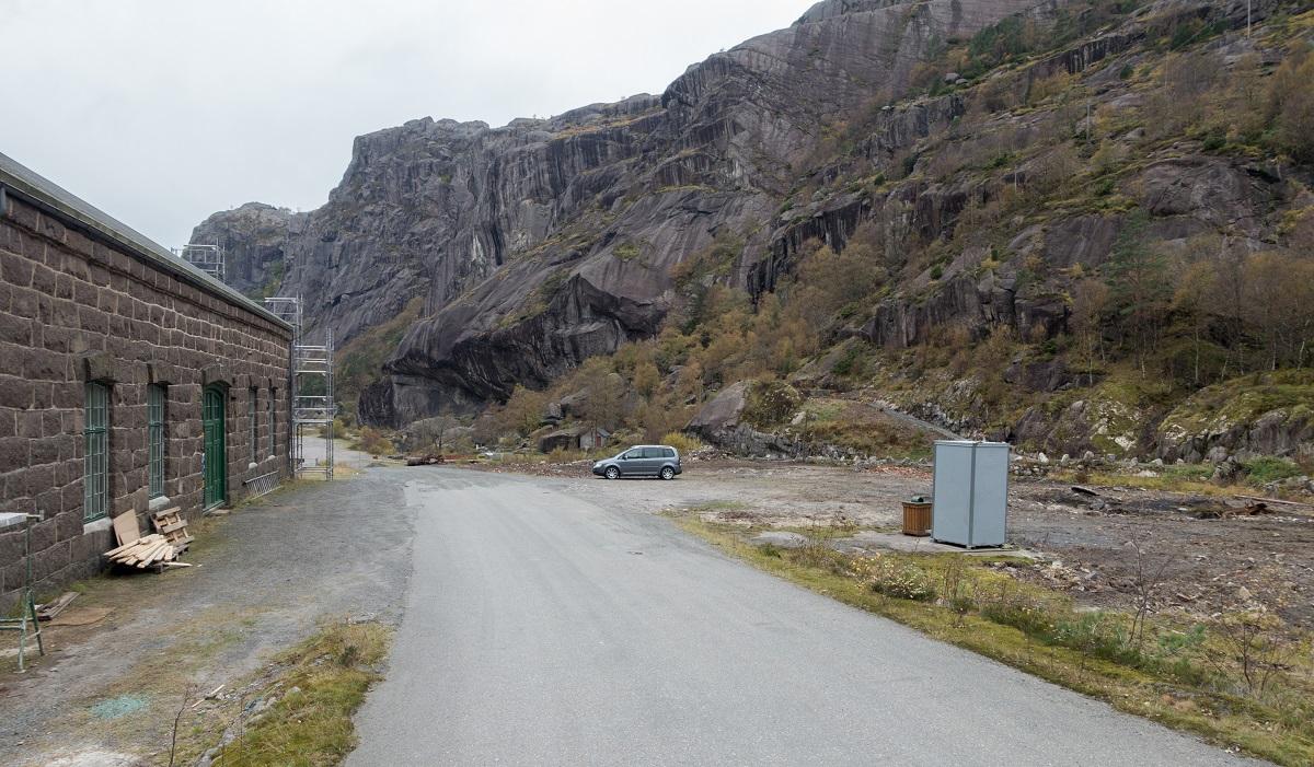 Fladen - Parkering i Jøssingfjorden