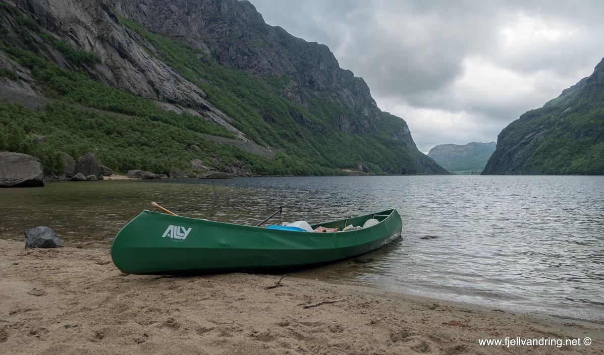 Gloppedalsura - Flott utsikt utover vannet