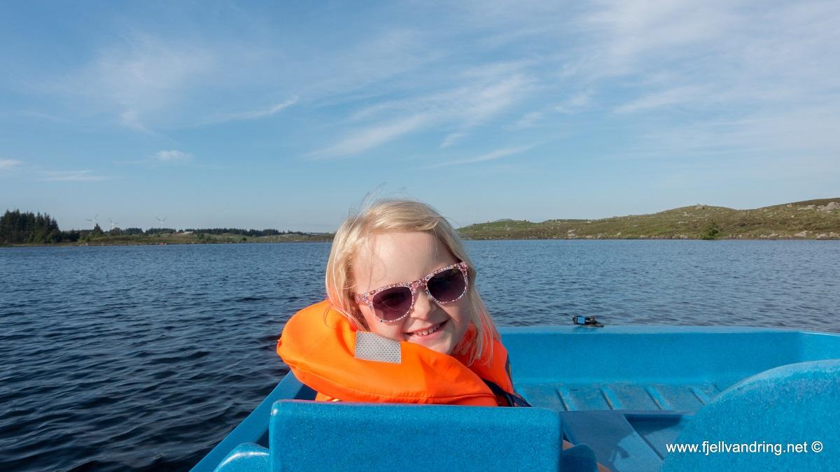 Kanotur for hele familien - Holmavatnet Juni 2019 (Gjennomført)