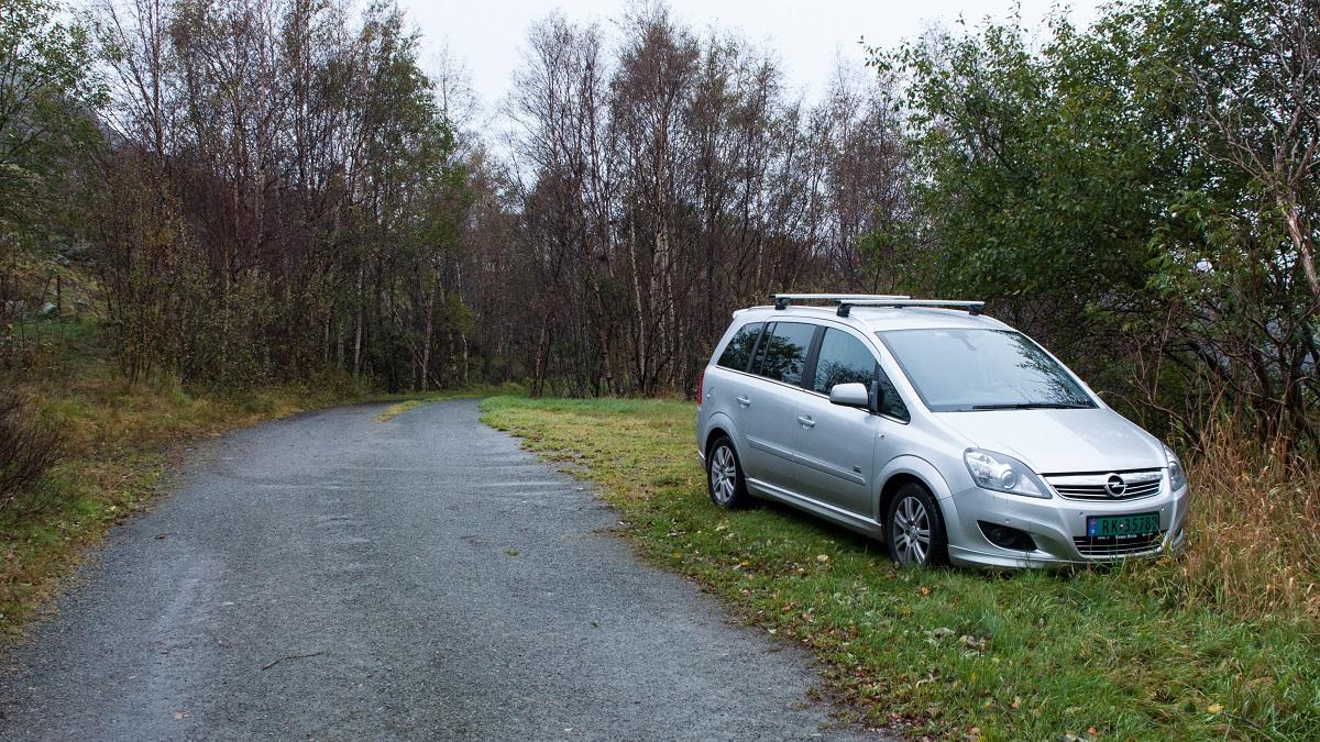 Kvernafjellet - Parkering på Tjåland i Time kommune.