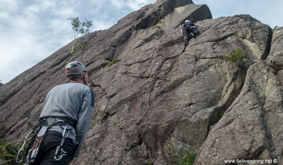 Lifjell - Bjørn Tore er en dyktig klatrer
