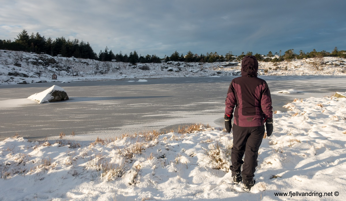 Lyefjellet - Rundtur til Tjoratjørn, Ulvatjørn og Varden