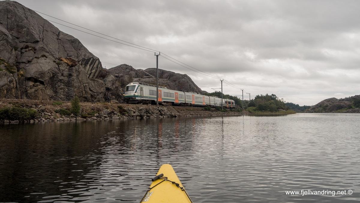 Nordra Krogavatnet - Tut Tut, NSB kommer kjørende