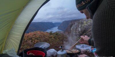 Ørsdalsvatnet - Telttur med ruvende utsikt fra fjellene