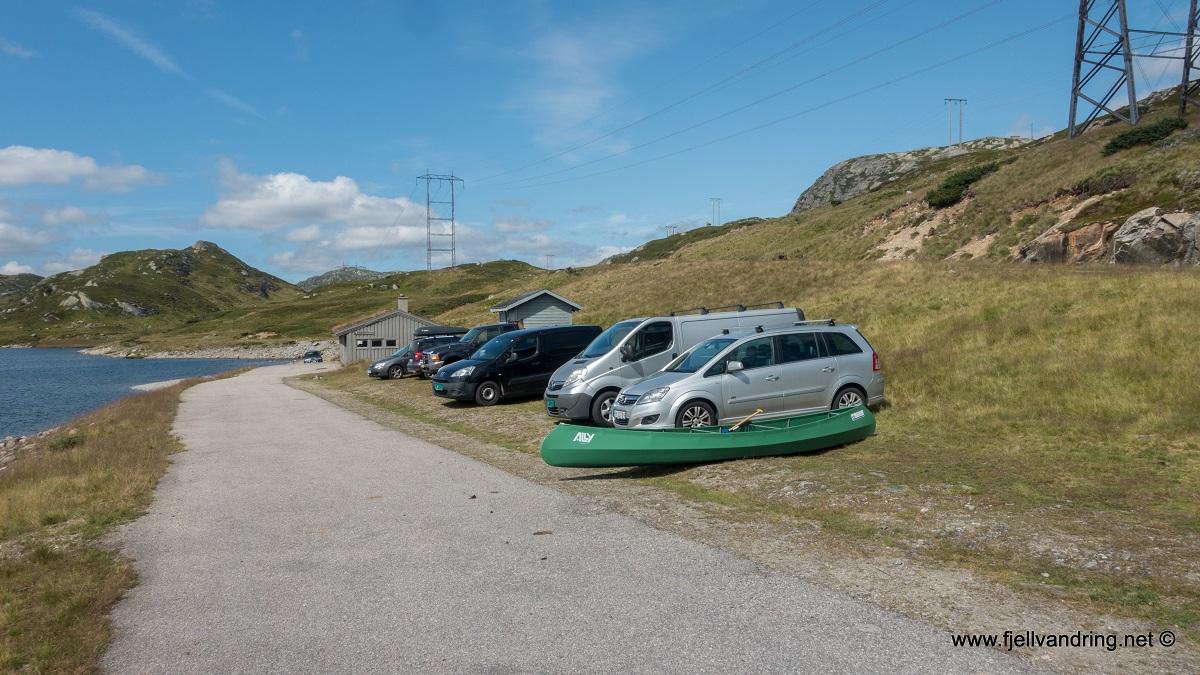 Rågeloni - Parkering nær kraftstasjonen ved Øyarvatnet i Sirdal kommune.
