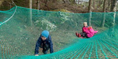 Skadbergvågen Øst - Fottur med lekemuligheter for de små