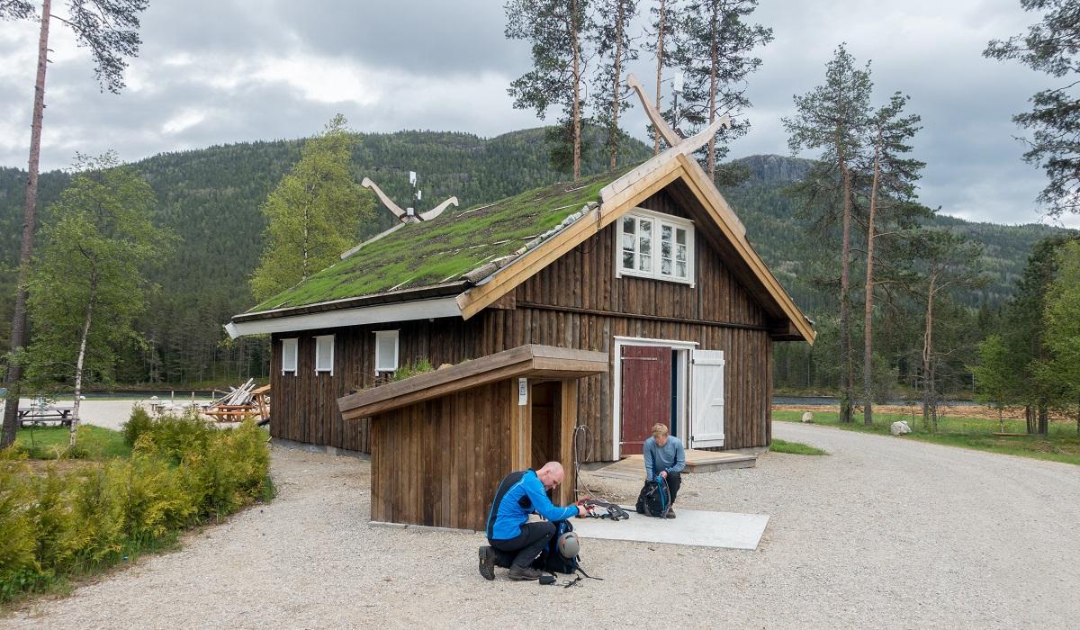 Via Ferrata Straumsfjellet - Parkering på Helle Camping