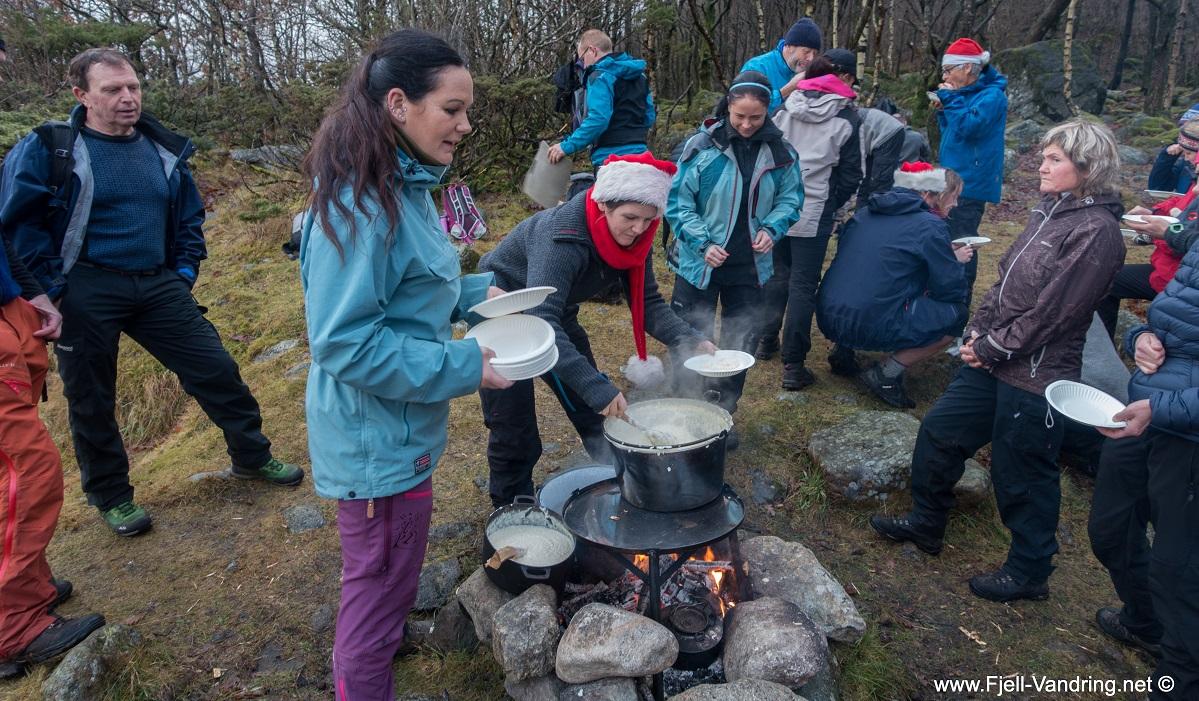 Taksdalsvatnet - Fellestur nissefest for året 2016