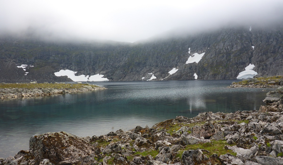 Tindeskarvatnet – Fottur i nydelige omgivelser