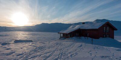 Tomannsbu turisthytte - Skitur fra Tveitabrekka